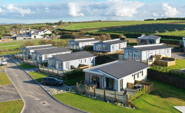 The Harlyn Plus Lodge