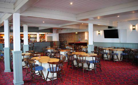 Farm-Club-Lounge-Bar